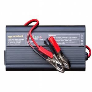 Rebelcell Ladegerät 16.8V8A Li-Ion